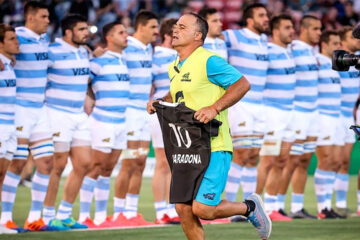 Los All Blacks homenajearon a Diego Maradona
